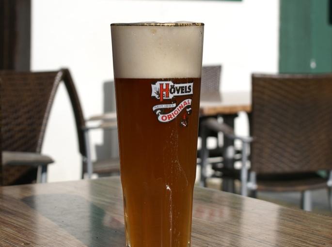 Kostenlose Führungen durch die Hövels Hausbrauerei – Tag des Bieres mit Aktionen, Maibockanstich und Biergarteneröffnung
