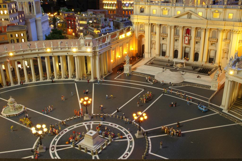 Petersplatz bei Nacht