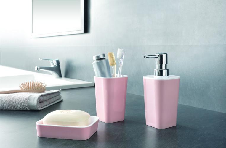 gewinnspiel 3 mal 1 set rosa wei aus der bad accessoires smooth serie von metaltex enjoynews. Black Bedroom Furniture Sets. Home Design Ideas